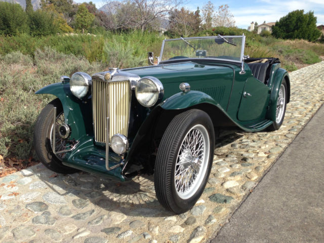 1948 MG T-Series (BRITISH RACING GREEN/Black)