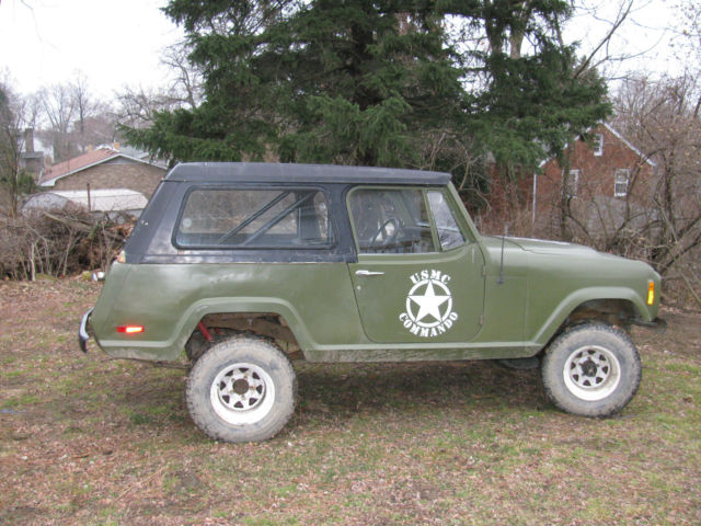 1972 Jeep Commando (Green/Black)