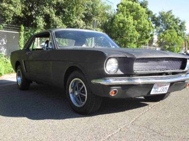 Seller of Classic Cars - 1965 Ford Mustang (Flat black/Black)