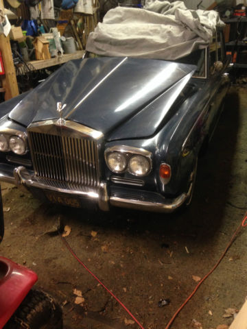 1967 Rolls-Royce Silver Shadow (Blue/Gray)