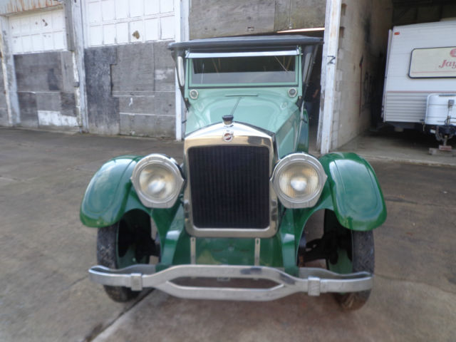 Seller of Classic Cars - 1922 Studebaker EK (Green/Black)