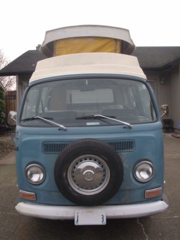 1971 Volkswagen Bus/Vanagon (Blue/Blue and White w/ wood paneling)