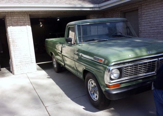 1970 Ford F-250 (Green/Green)
