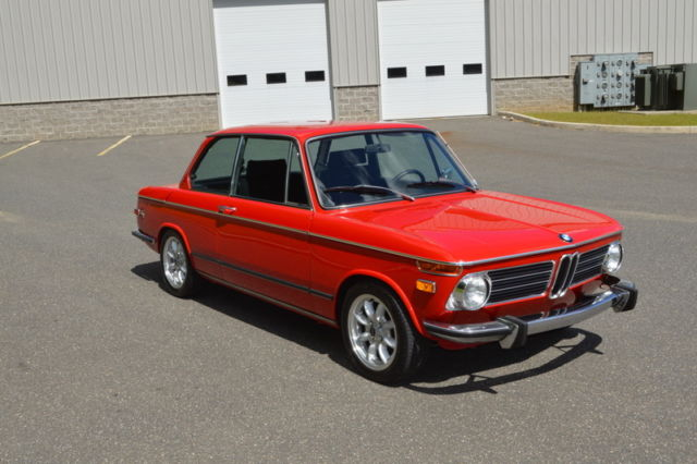 1973 BMW 2002 (Red/Black)