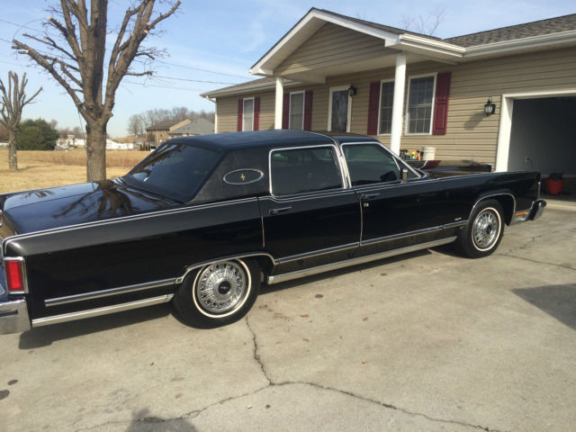 seller of classic cars 1979 lincoln continental black black. Black Bedroom Furniture Sets. Home Design Ideas