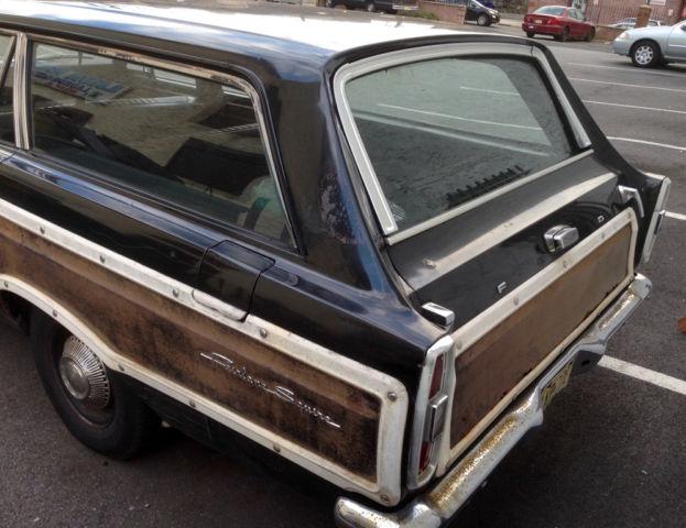 Seller of Classic Cars - 1966 Ford Fairlane (Black/Black)