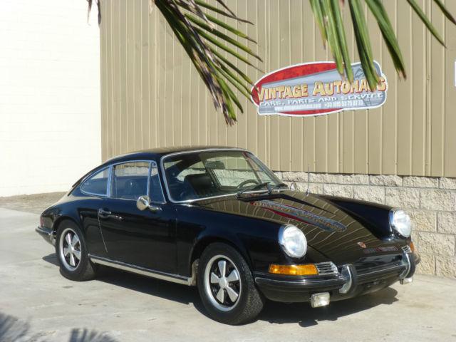 Seller of Classic Cars - 1969 Porsche 911 (Black/Black)
