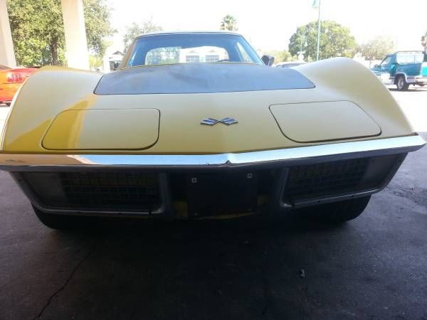 1971 Chevrolet Corvette (Yellow/Black)