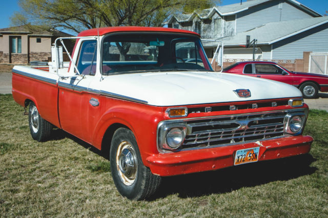 1966 Ford F-250 (White/Blue)