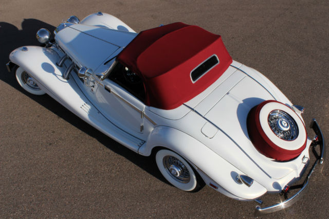 1934 Replica/Kit Makes 1934 Mercedes 500K (Metalic White Pearl/Red and Black)