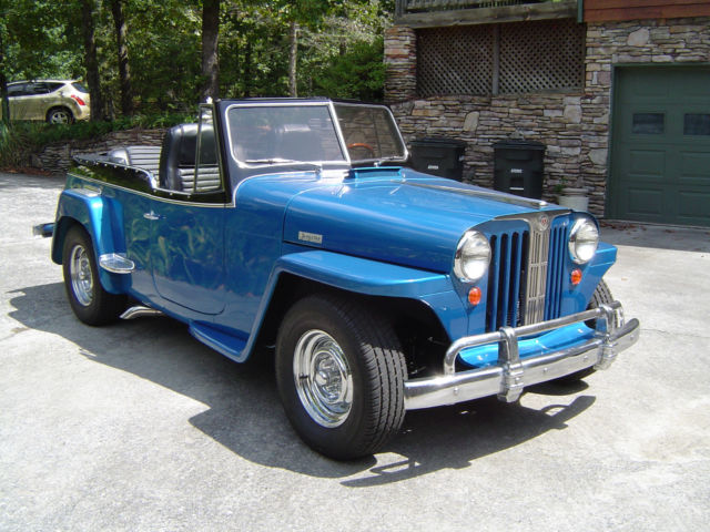 1948 Willys Jeepster (Intense Blue Pearl/Black)