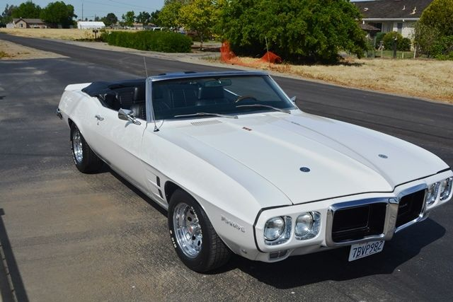 Seller Of Classic Cars 1969 Pontiac Firebird White Black