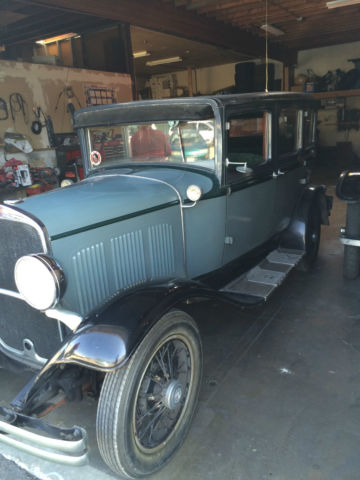 1929 DeSoto 4 Door Sedan (Grey/Green)