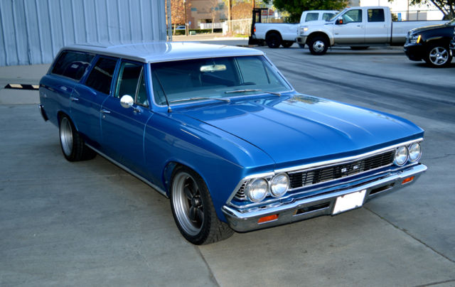 1966 Chevrolet Malibu (Blue & Silver/Light and Dark Blue, Cloth)