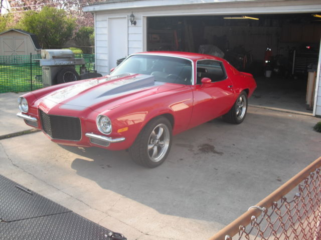 Seller of Classic Cars - 1970 Chevrolet Camaro (crimson red
