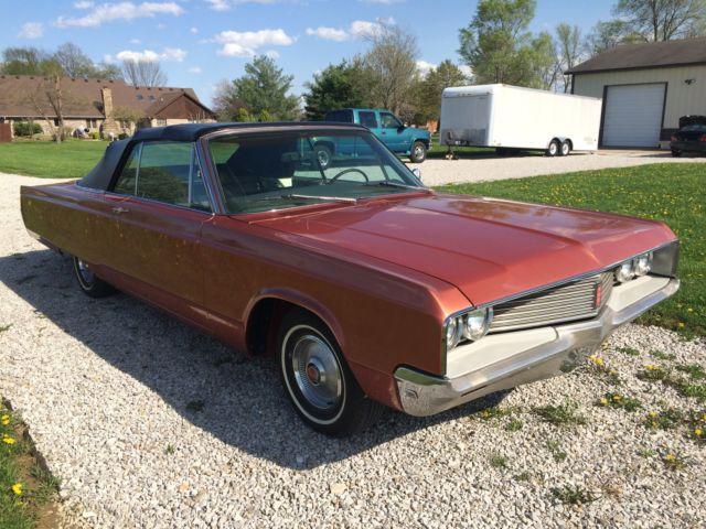 Seller of Classic Cars - 1968 Chrysler Newport (Bronze ...