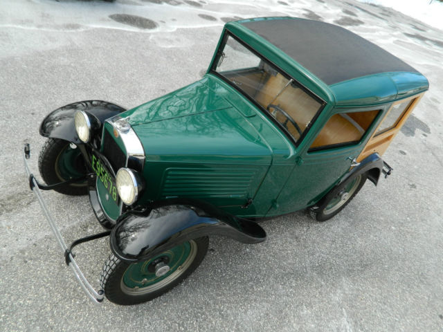 1934 Austin Bantam Woodie (Green/Tan)