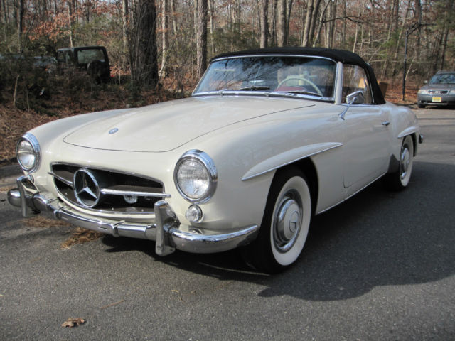 1960 Mercedes-Benz SL-Class (White/Red)