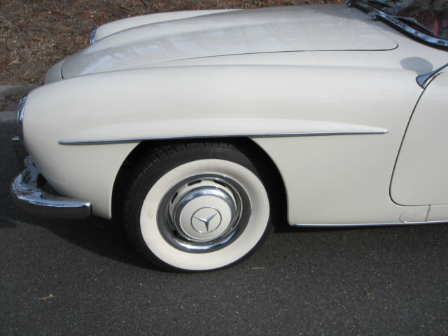 Seller of classic cars 1960 mercedes benz sl class for Mercedes benz private sellers