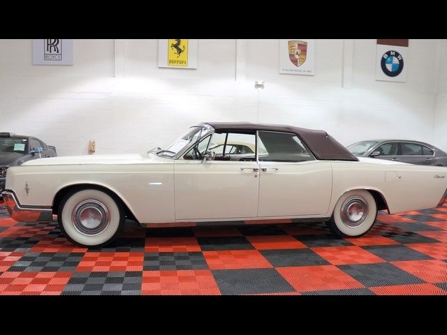 seller of classic cars 1966 lincoln continental white. Black Bedroom Furniture Sets. Home Design Ideas