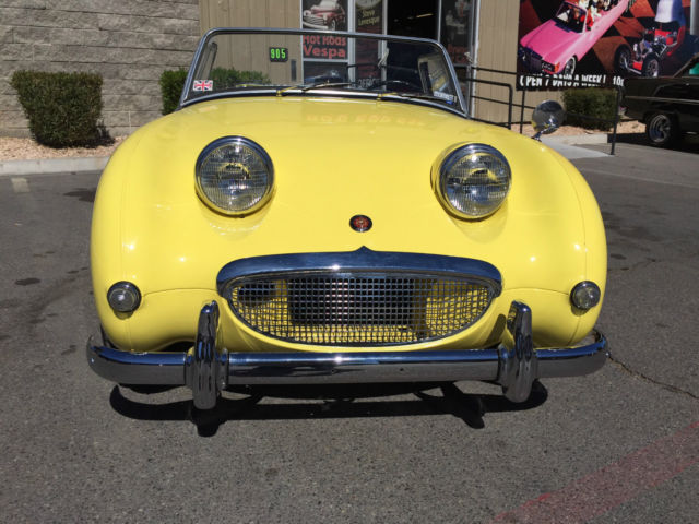 1959 Austin Healey Sprite (Yellow/Black)