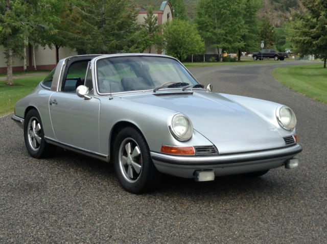 seller of classic cars 1968 porsche 911 silver black. Black Bedroom Furniture Sets. Home Design Ideas