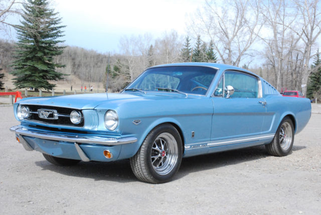 Seller Of Classic Cars 1966 Ford Mustang Silver Blue