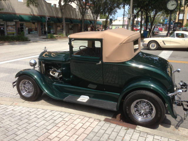 1928 Ford Model A (Green/Black)