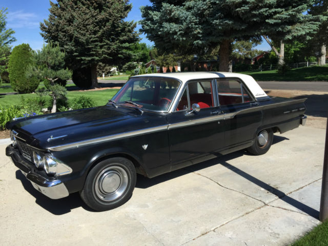 1962 Ford Fairlane Black Red