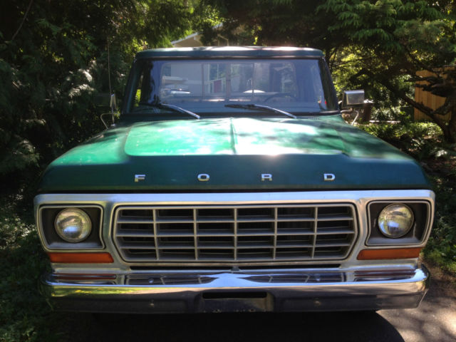 1978 Ford F-150 (Green/green/black/tan/brown veener dash)