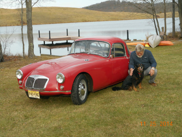 1957 MG MGA (Red/Black)