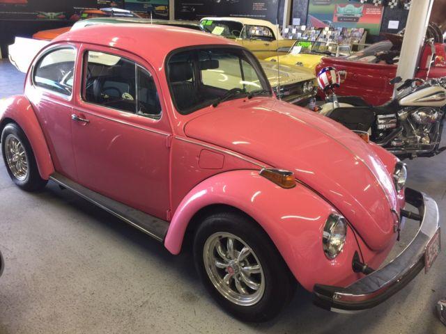 seller of classic cars 1977 volkswagen beetle classic pink black pink. Black Bedroom Furniture Sets. Home Design Ideas