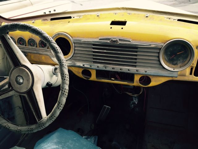 Seller of Classic Cars - 1948 Chevrolet Fleetline Aero