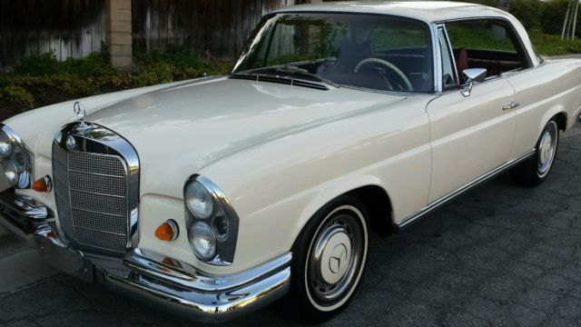 Seller of classic cars 1969 mercedes benz 200 series for Mercedes benz 200 series