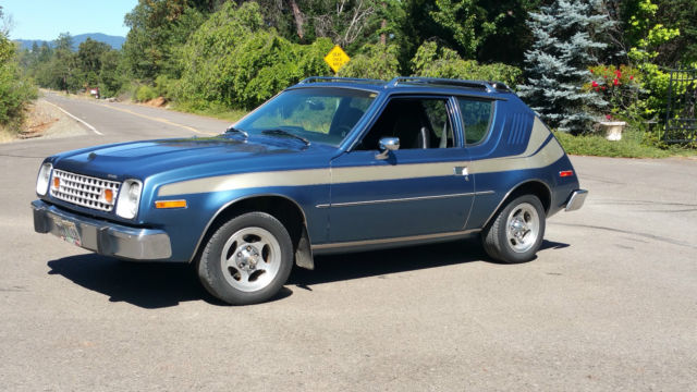 1977 AMC Gremlin (Blue/Black)