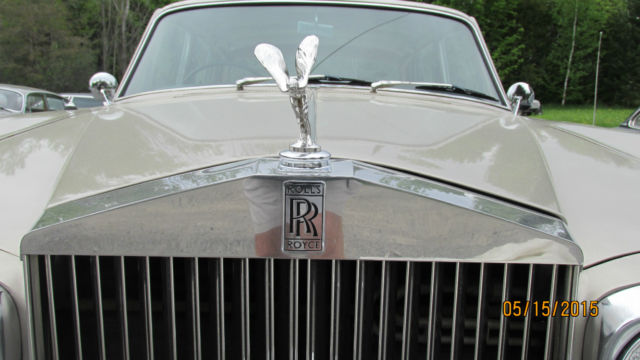 1969 Rolls-Royce Silver Shadow (Tan/Gold    /  TAN  /)