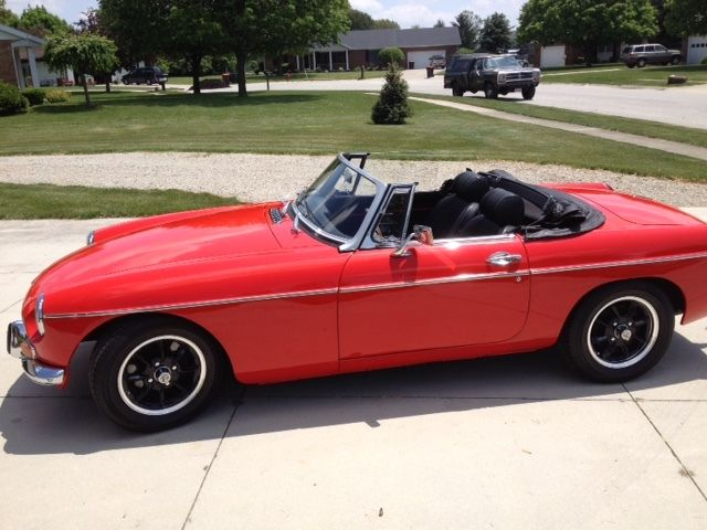 Seller Of Classic Cars 1971 Mg Mgb Red Black