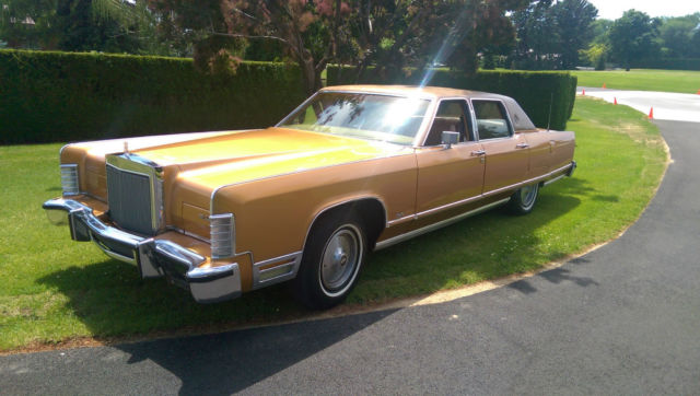Seller Of Classic Cars 1977 Lincoln Continental Gold Tan