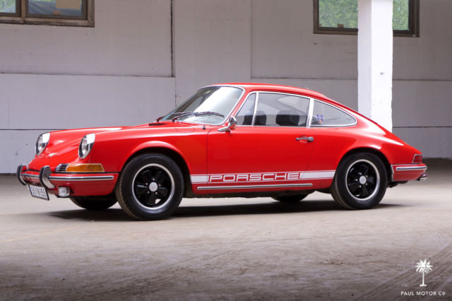 seller of classic cars 1970 porsche 911 red black. Black Bedroom Furniture Sets. Home Design Ideas