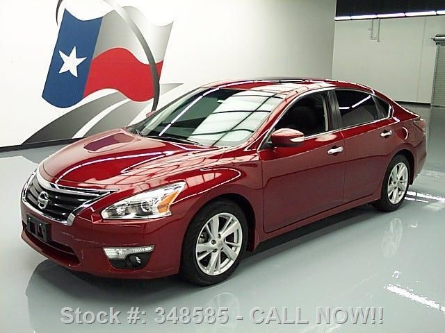 2015 Nissan Altima (Red/Black)