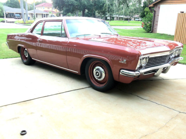 Seller of Classic Cars - 1966 Chevrolet Impala (AZTEC BRONZE