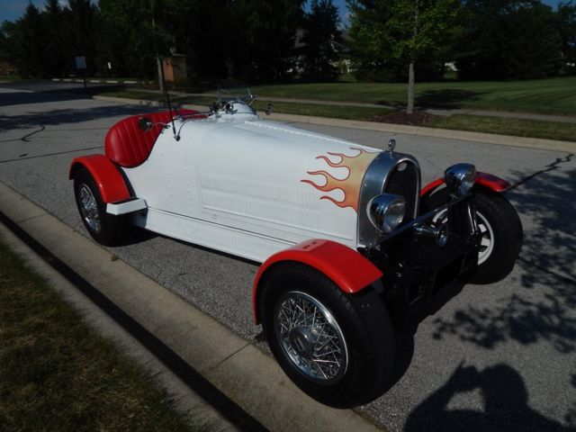 Seller Of Classic Cars 1927 Replica Kit Makes 911 White And Red Red And Black