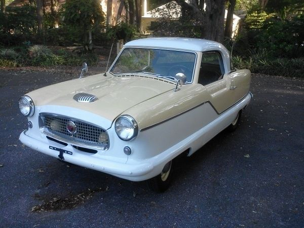 1957 Nash Metropolitan (Cream/White/Black/White)