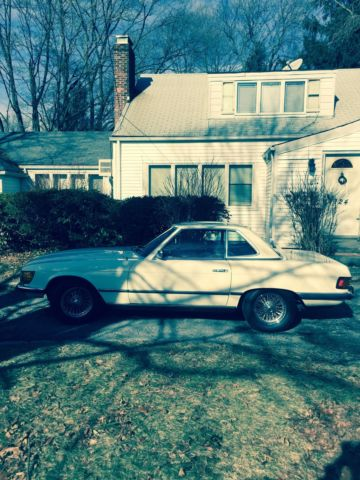 Seller of classic cars 1973 mercedes benz sl class for Mercedes benz private sellers
