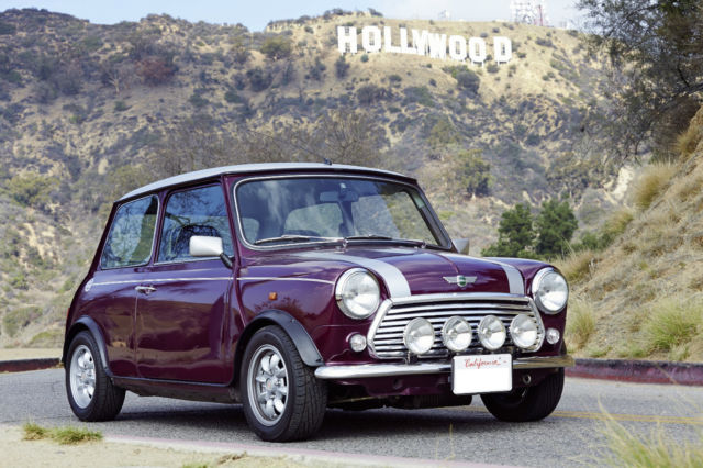 1968 Mini Classic Mini (Amaranth Metallic/Leather black  w/ flecked beige cloth insert)