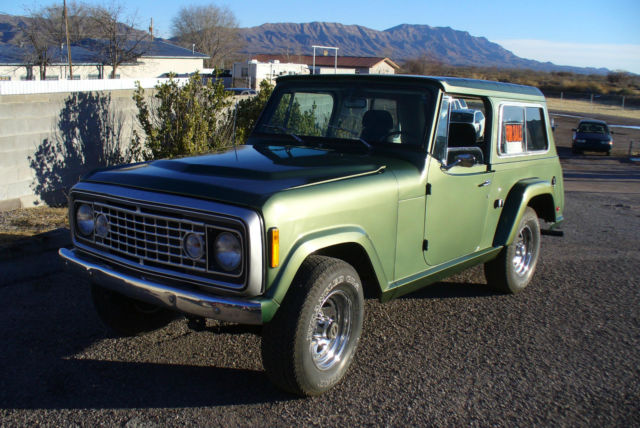 1973 Jeep Commando (Green/Green/Tan/Black)