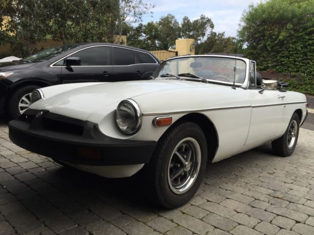 1977 Mg Mgb Whiteblack on 1977 mgb fuel pump