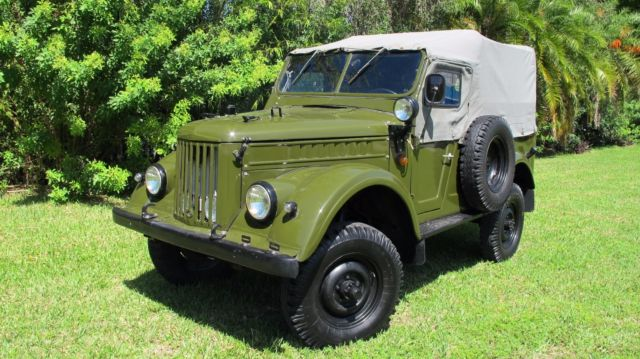 1971 GAZ-69 UAZ-69 (Green/Gray)