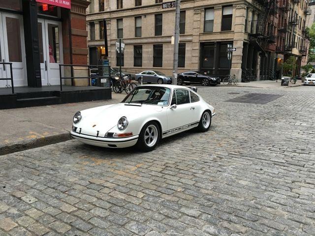 seller of classic cars 1970 porsche 911 white black. Black Bedroom Furniture Sets. Home Design Ideas