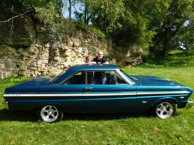 Seller of Classic Cars - 1965 Ford Falcon (Tourquoise